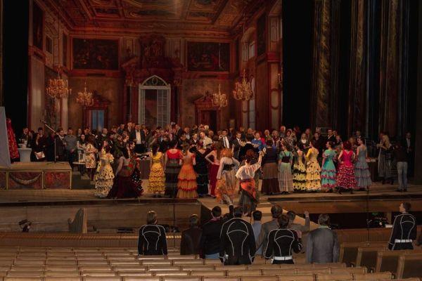 Необычное театральное искусство в Харькове
